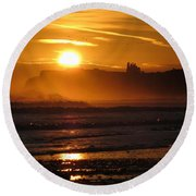 Sunrise Over Sandsend Beach Round Beach Towel