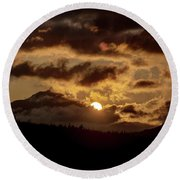 Sunrise Over The Peak Round Beach Towel