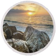 Sunrise Over The Rocks  Round Beach Towel