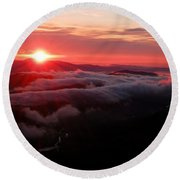 Sunrise Over Wyvis Round Beach Towel
