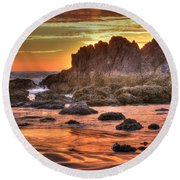 Sunset At Cannon Beach Round Beach Towel