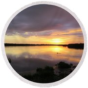 Sunset At Ding Darling Round Beach Towel
