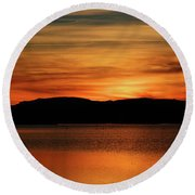 Sunset At Freezeout Round Beach Towel