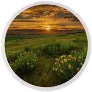 Sunset At Steptoe Butte Round Beach Towel
