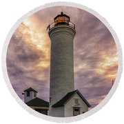 Sunset At Tibbet's Point Round Beach Towel