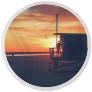 Sunset At Toes Beach Round Beach Towel