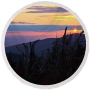 Sunset From Caps Ridge, Mount Jefferson Round Beach Towel