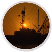 Round Beach Towel featuring the photograph Sunset Harbor by Marie Leslie