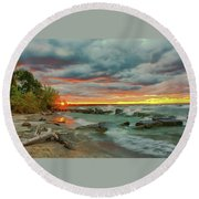 Sunset In Rocky River, Ohio Round Beach Towel
