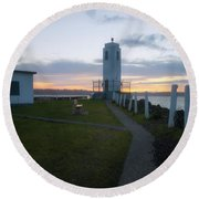 Sunset In Tacoma Round Beach Towel