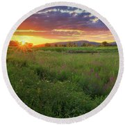 Sunset In The Hills 2017 Round Beach Towel