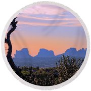 Sunset In Utah Round Beach Towel
