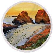 Sunset North Of Fort Bragg Ca Round Beach Towel