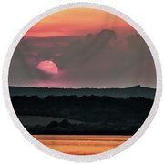 Sunset On The Lake Velence Paint Round Beach Towel