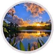 Sunset Over Hidden Lake In Jupiter Florida Round Beach Towel
