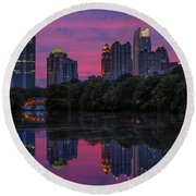Sunset Over Midtown Round Beach Towel