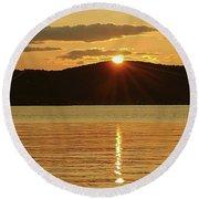 Sunset Over Piermont Round Beach Towel