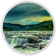 Sunset Over Sandstone Falls Round Beach Towel