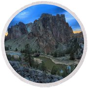 Sunset Over Smith Rock Round Beach Towel