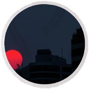 Sunset Over The City Of Portland Oregon Round Beach Towel