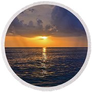 Sunset Over The Gulf Of Mexico Round Beach Towel