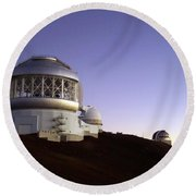 Round Beach Towel featuring the photograph Sunset Over The Mauna Kea Observatories On Kona by Amy McDaniel