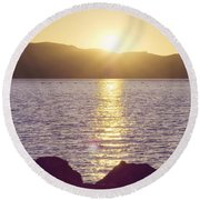 Sunset Over The Straits Round Beach Towel