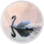 Sunset Swan Round Beach Towel