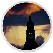 Sunset View In Old Town Riga Round Beach Towel