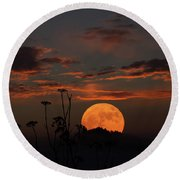 Super Moon And Silhouettes Round Beach Towel