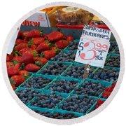 Super Sweet Blueberries Round Beach Towel