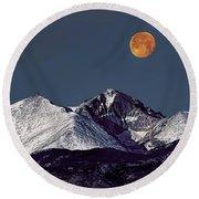 Supermoon Lunar Eclipse Over Longs Peak Round Beach Towel