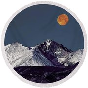 Supermoon Lunar Eclipse Over Longs Peak Round Beach Towel