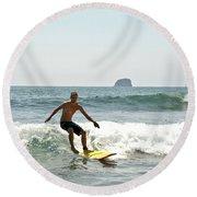 Surfing New Zealand Waves Round Beach Towel