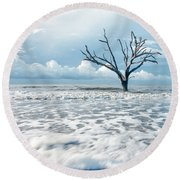 Round Beach Towel featuring the photograph Surfside Tree by Phyllis Peterson