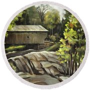 Swiftwater Covered Bridge Round Beach Towel