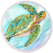Swimming, Smiling Sea Turtle Round Beach Towel