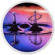 Round Beach Towel featuring the photograph Synchronized Liquid Art by William Lee
