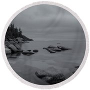 Tahoe In Black And White Round Beach Towel