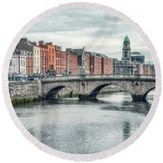 Tales Of The Riverbank Round Beach Towel