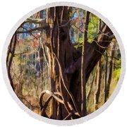 Tangled Vines On Tree Round Beach Towel