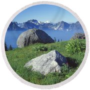 1m4862-tatoosh Range And Mt. St. Helens  Round Beach Towel