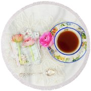 Tea And Journals With Ranunculus Round Beach Towel