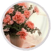 Tea Cup With Pink Carnations Round Beach Towel