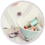 Teacup Full Of Vintage Spools Of Thread Round Beach Towel