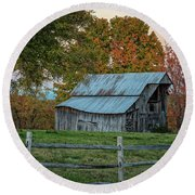 Tennessee Barn Round Beach Towel