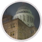 Texas Capitol In Fog Round Beach Towel