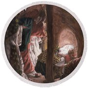 The Adoration Of The Wise Men Round Beach Towel