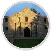 Round Beach Towel featuring the photograph The Alamo At Dusk by Joseph Hendrix