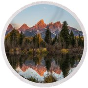 Round Beach Towel featuring the photograph The Autumn Glow At Schwabacher's by Yeates Photography